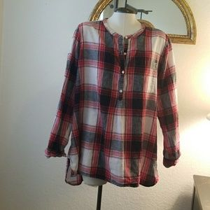 Old Navy Button Up Long Sleeve Plaid Shirt